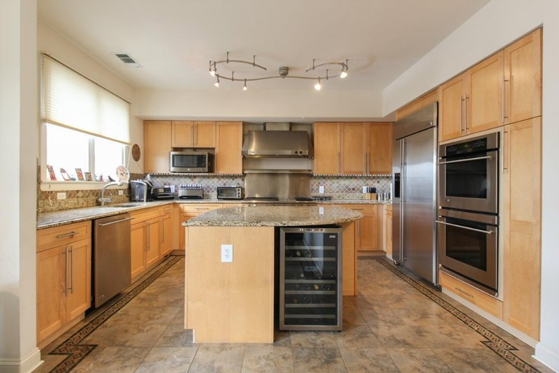 spacious kitchen in Port Liberte townhome