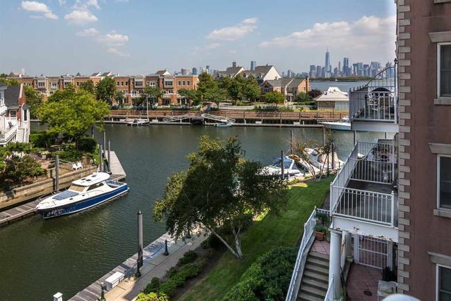 amenities of port liberte
