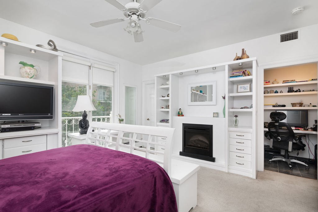 The bedroom at 203 Shearwater Court West 31.